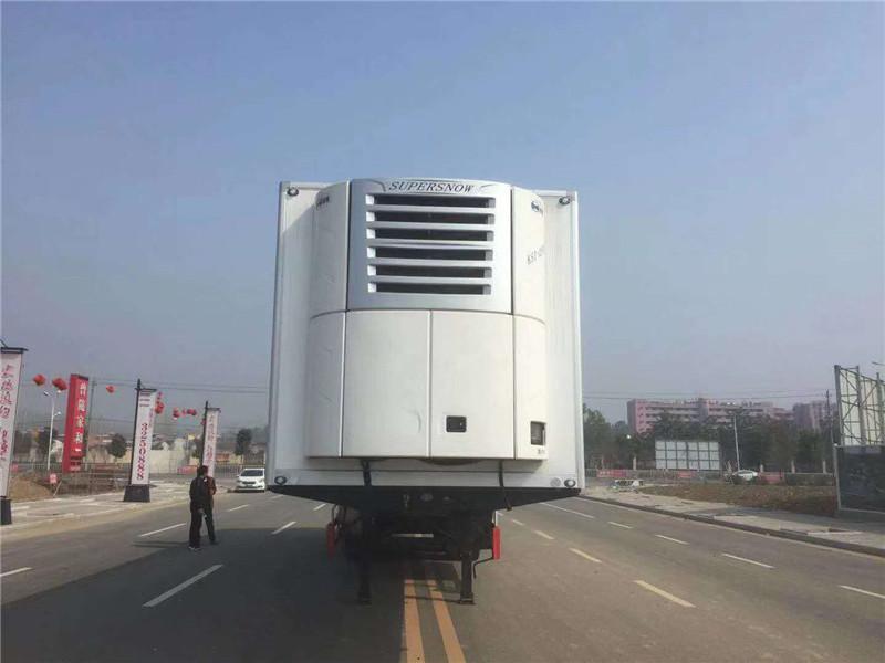 13米6半挂冷藏车