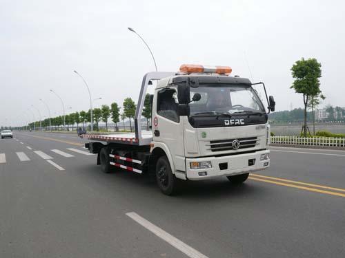 程力威牌CLQ5080TQZ4型清障车