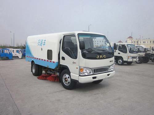 程力威牌CLQ5070TSL4HFC型扫路车