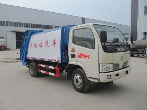 程力威牌CLQ5070ZYS4型压缩式垃圾车